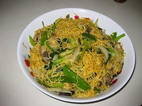 Stir-Fried Noodles – Mi Xao Thap Cam