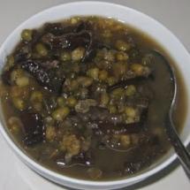 Sweet Mung Bean Wood Ear Tapioca Strip Dessert ~Che Dau Xanh Bot Khoai Nam Meo